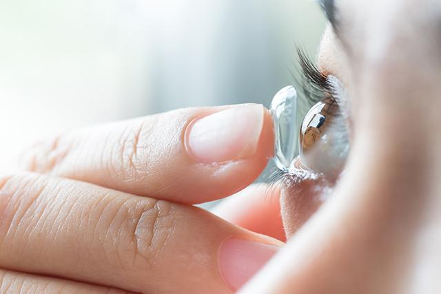 Kontaktlinsen im Allltag